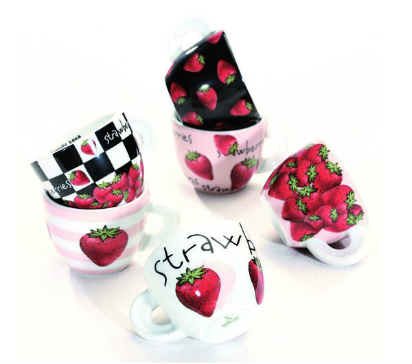 """FRAGOLE"" (STRAWBERRIES) espresso cups collection"