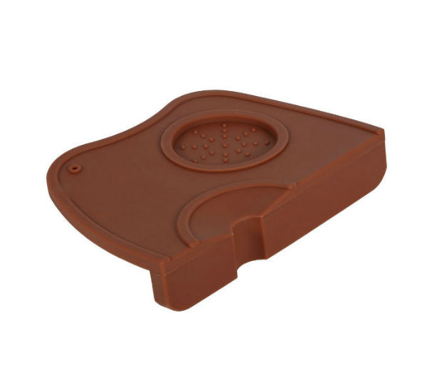 Corner Tamping Mat Curved - brown